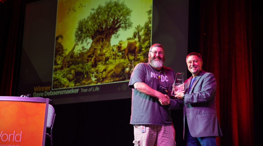 Dave Debaeremaeker Accepting the 2019 Guru Award at Phtoshop World